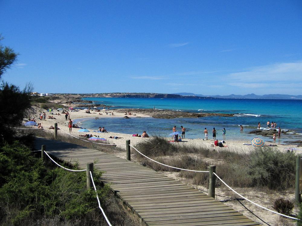 Turismo de Formentera » Es Caló de Sant Agustí | Turismo