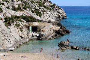 Cala Barques, Sant Vicenç